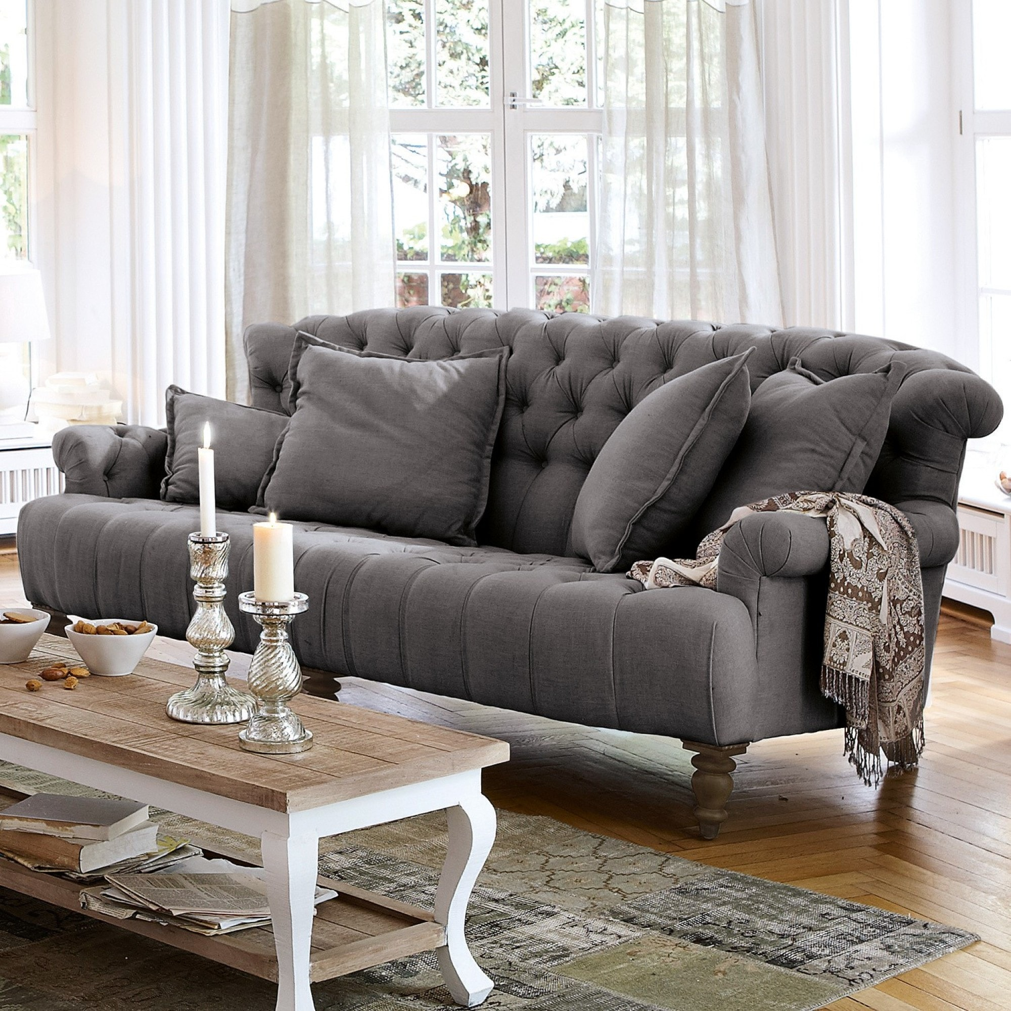 Sofa springfield village anthrazit loberon for Sofa landhausstil