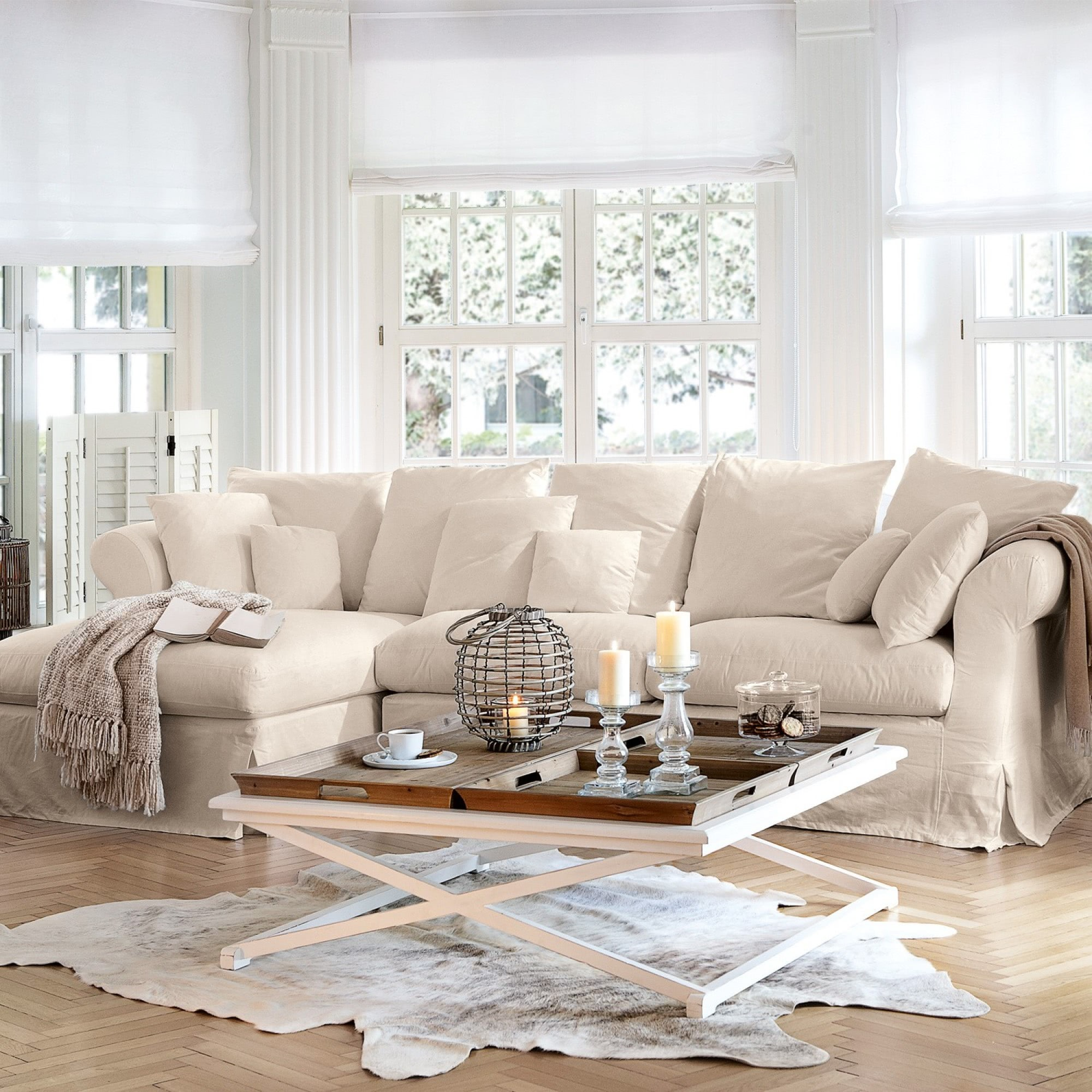 Sofa new haven beige loberon for Sofa landhausstil
